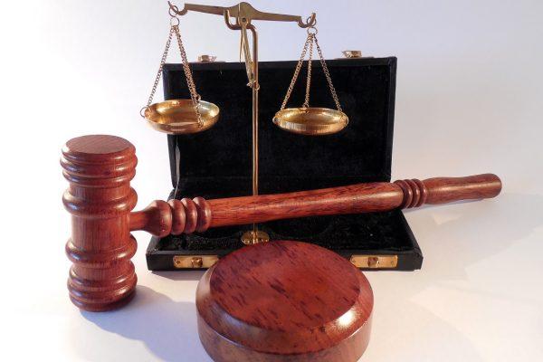 https://kapitalhr.com/wp-content/uploads/2018/10/About-Kapital-Legal-600x400.jpg